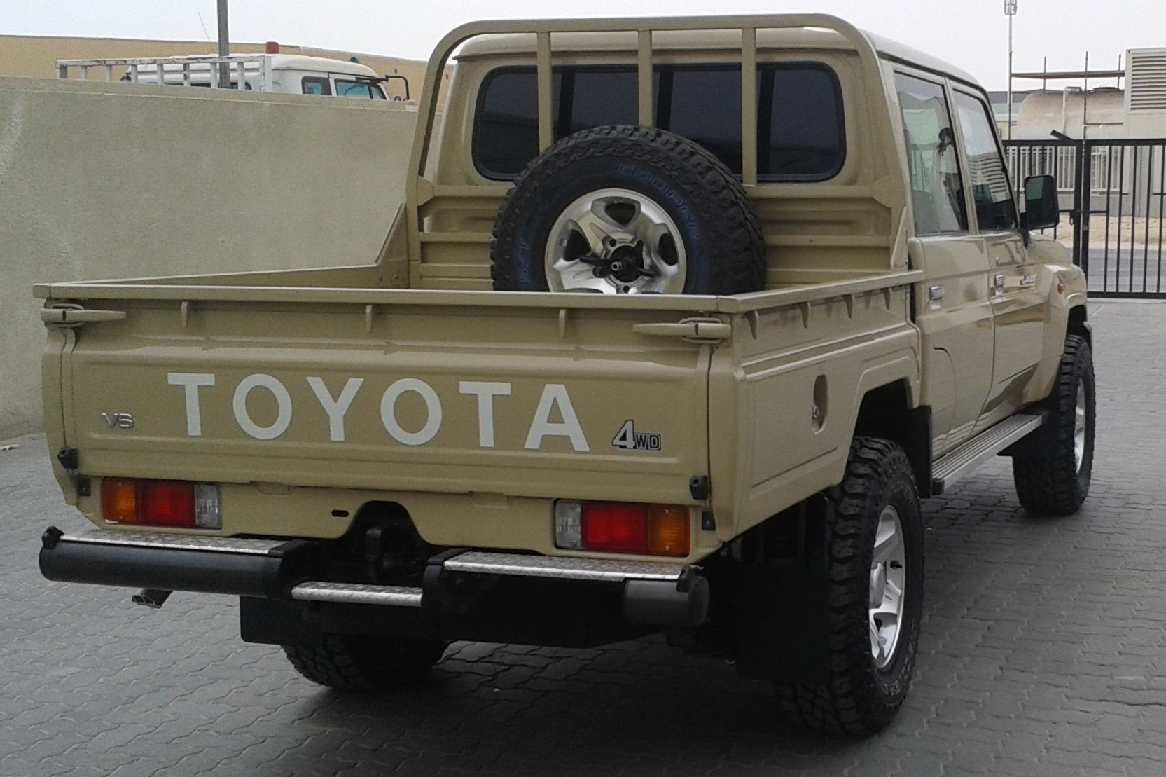 Toyota Lc79 Utility Truck